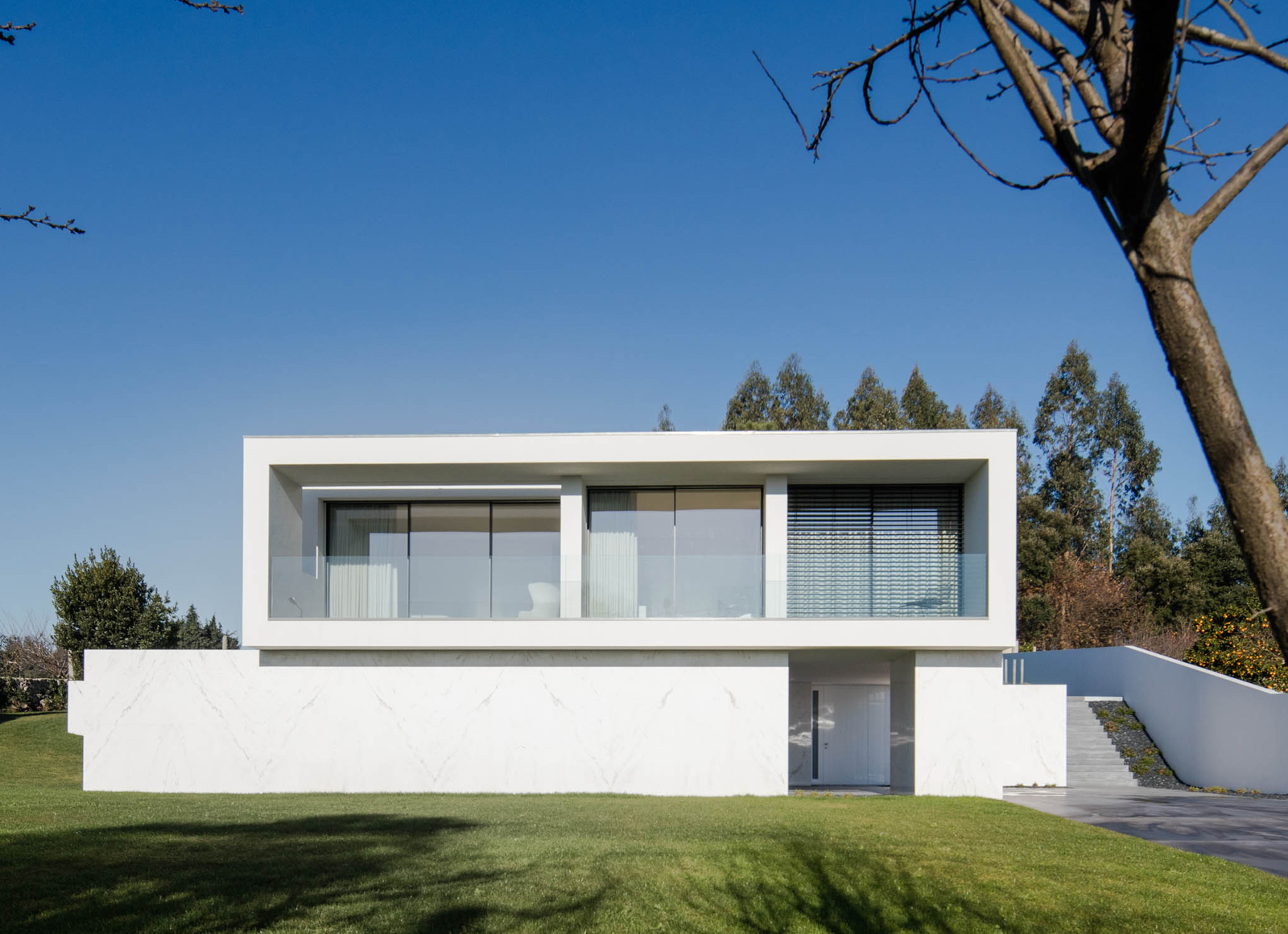 Touguinhó III House by Raulino Silva Arquitecto | International Residential Architecture Awards 2019